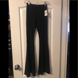 Bellbottom leggings / lounge pants